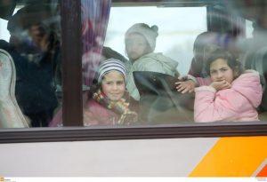 Έφτασαν 200 πρόσφυγες και μετανάστες στην Πέτρα Ολύμπου