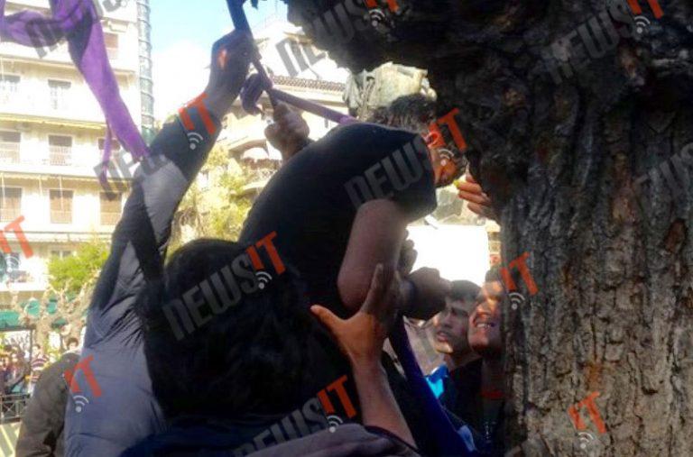 Απόπειρα αυτοκτονίας από δυο πρόσφυγες στην πλατεία Βικτωρίας | Newsit.gr