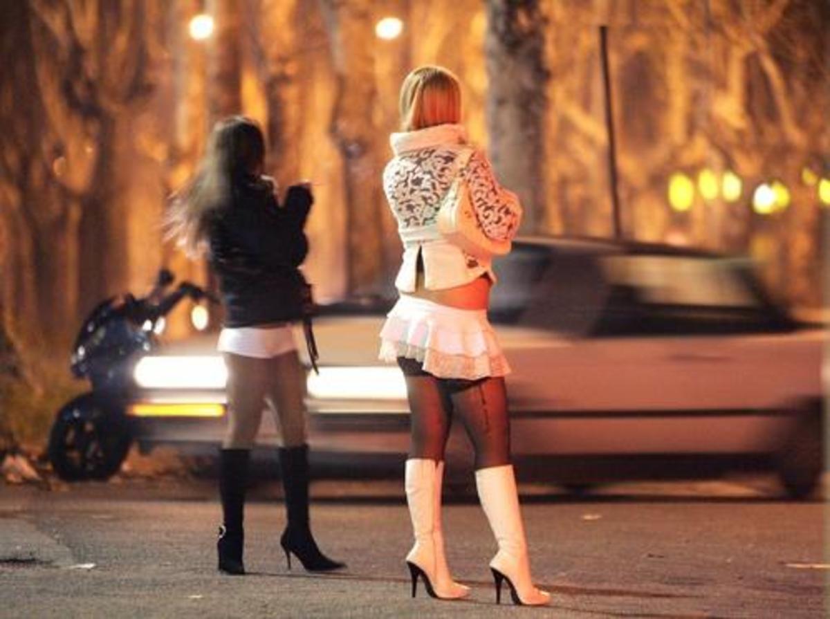 Παρκόμετρα και για τις…πόρνες!   Newsit.gr