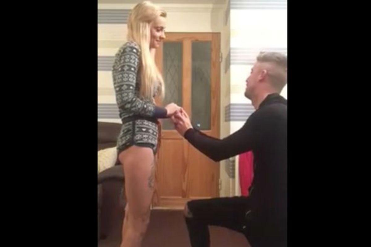 Επική καφρίλα! Την έκανε να νομίζει ότι θα της κάνει πρόταση γάμου αλλά… (ΒΙΝΤΕΟ) | Newsit.gr
