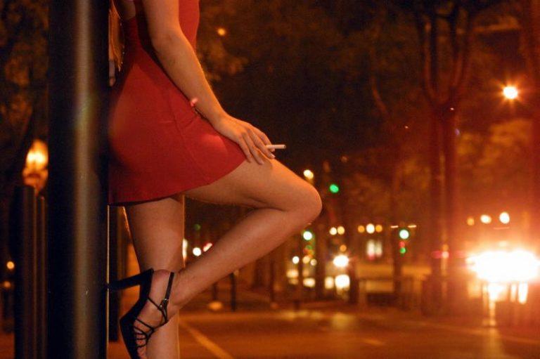Για κακούργημα διώκονται οι 11 ιερόδουλες με Aids – Πρόκειται για 10 ελληνίδες και μια βουλγάρα | Newsit.gr