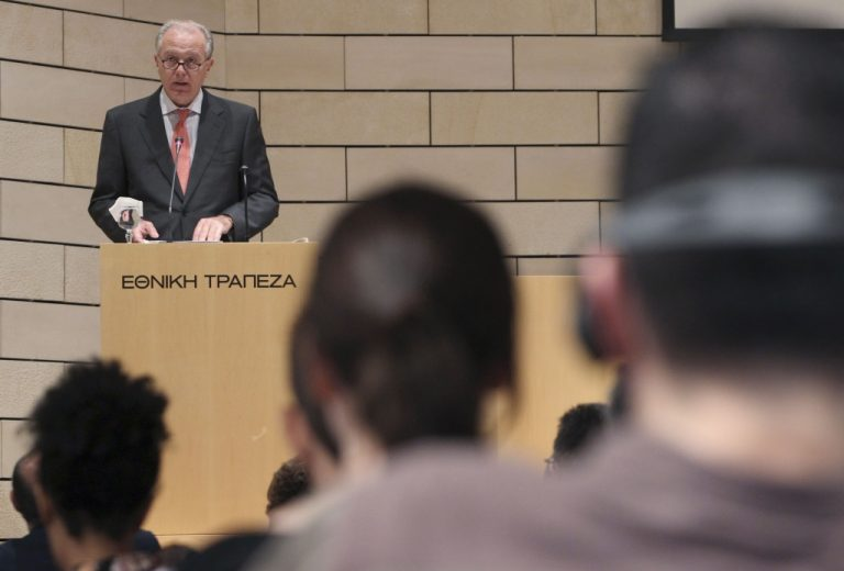 Προβόπουλος: Θα τα καταφέρουμε – Δεν τίθεται θέμα χρεωκοπίας | Newsit.gr