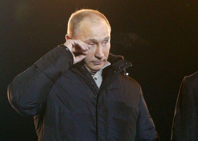 Εβαλε τα κλάματα ο Πούτιν… γιορτάζοντας το θρίαμβο! Δείτε το video   Newsit.gr