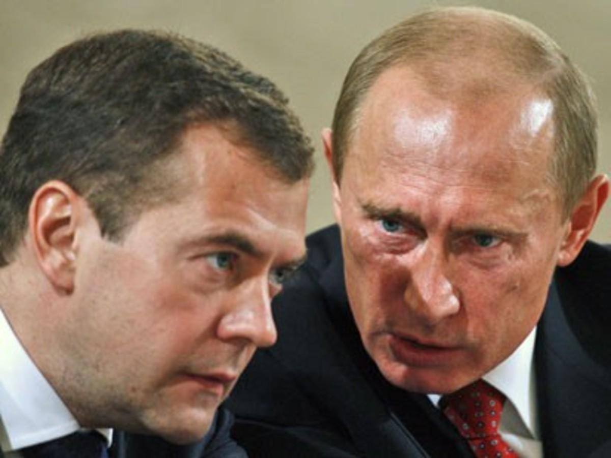 Ο Πούτιν δημοφιλέστερος του Μεντβέντεφ   Newsit.gr