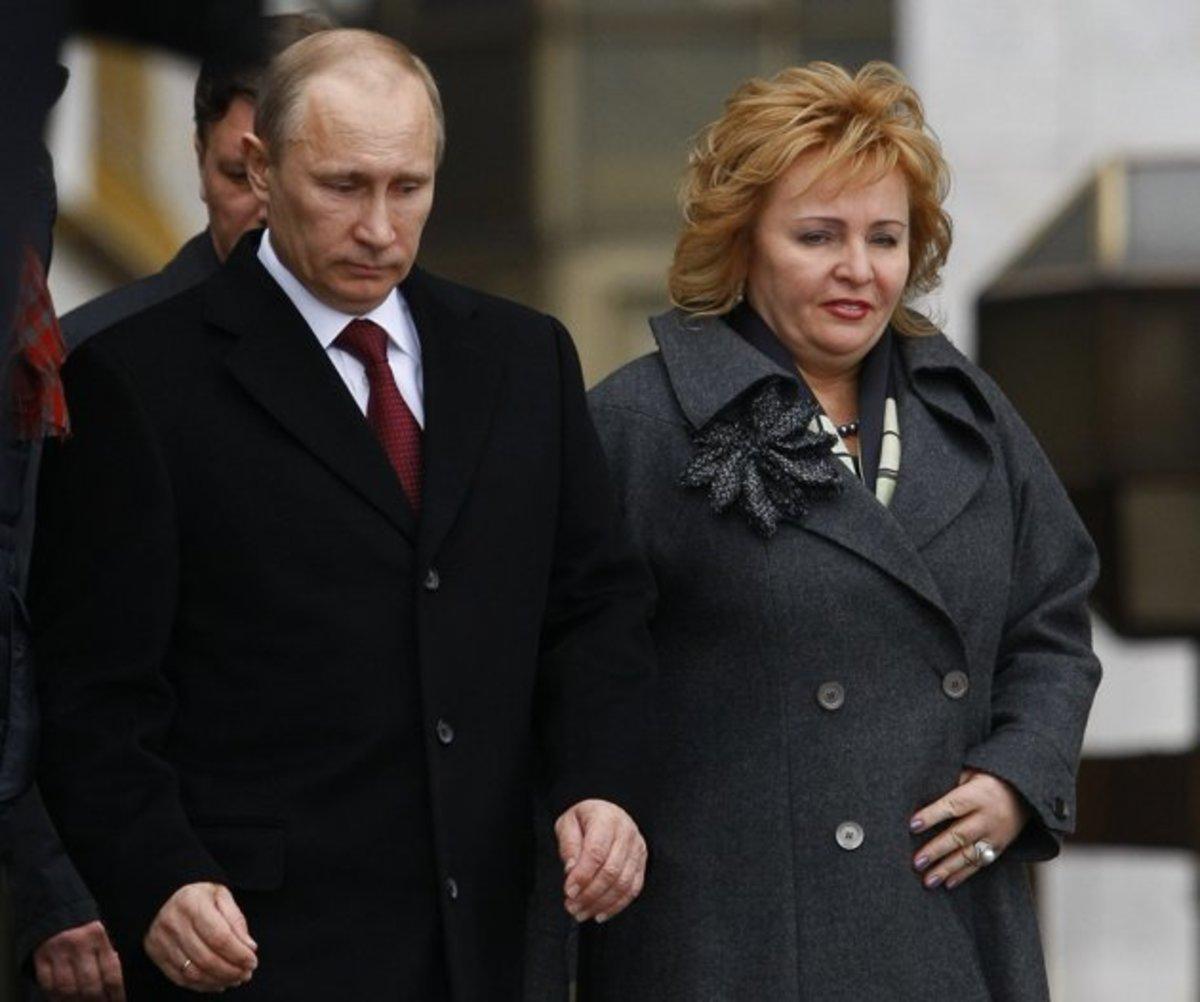 Που χάθηκε η κυρία Πούτιν; | Newsit.gr