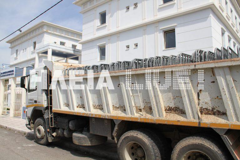 Πύργος: Χωρίς εξέδρα αλλά με κάγκελα για τους επίσημους | Newsit.gr