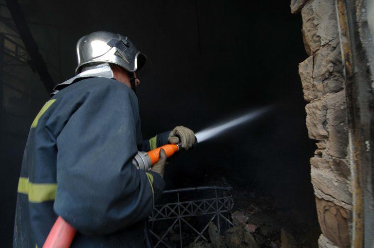 Έκρηξη σε διαμέρισμα –  Δύο τραυματίες   Newsit.gr