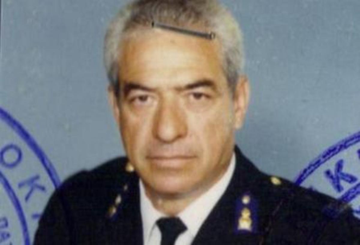 Αχαϊα: Το τελευταίο «αντίο» στον αδικοχαμένο πυροσβέστη | Newsit.gr