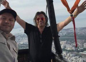 Θεσσαλονίκη: Το ταξίδι του Ηλία Ψινάκη με αερόστατο – Δείτε τις εικόνες από την περιοχή της Μενεμένης (Φωτό)!