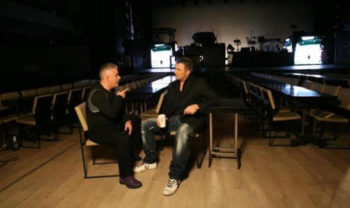 Backstage φωτογραφίες από το νέο video των Ρέμου – Βουρλιώτη! | Newsit.gr