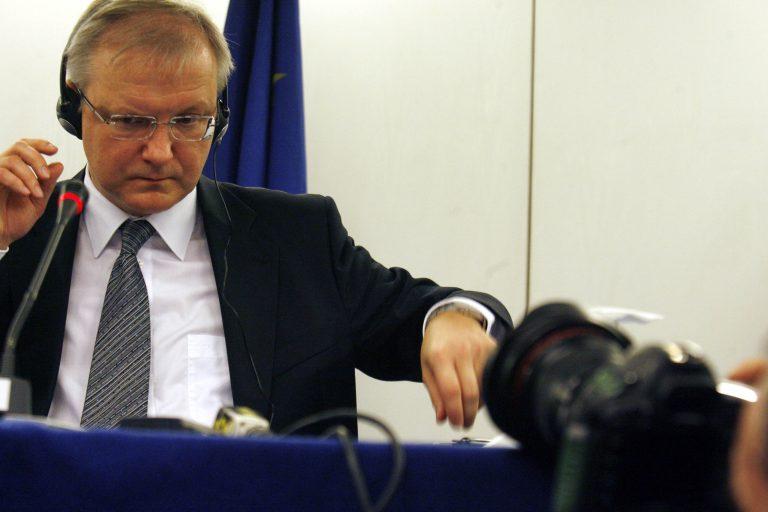 Δεν αποκλείει μηχανισμό «ελεγχόμενης χρεοκοπίας» ο Ολι Ρεν | Newsit.gr
