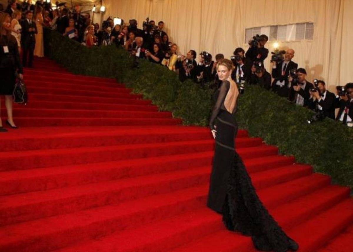 The Metropolitan Museum Gala! Τι φόρεσαν οι επώνυμες; Ψήφισε την πιο καλοντυμένη!   Newsit.gr