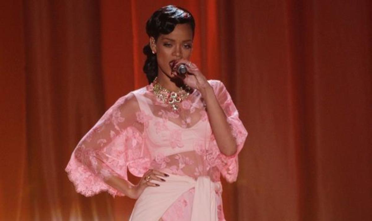 Η Rihanna έρχεται στην Ελλάδα! | Newsit.gr