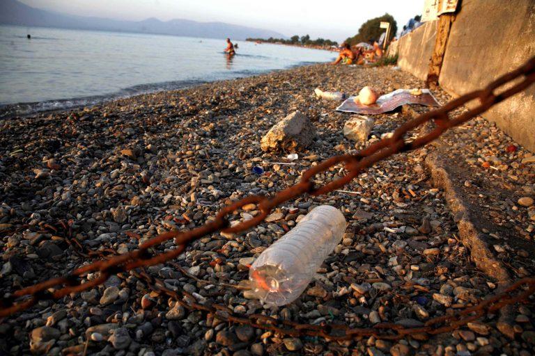 Θαλάσσια ρύπανση από απόβλητα στο Ρέθυμνο | Newsit.gr