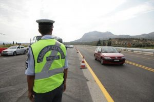 Οι κυκλοφοριακές ρυθμίσεις για την 28η Οκτωβρίου στην Πάτρα και στο Αίγιο