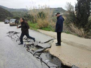 Κρήτη: «Άνοιξαν» στα δύο οι δρόμοι! Πλημμύρες και βιβλικές καταστροφές!