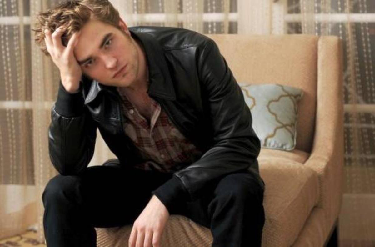 Η πρώτη συνέντευξη του Robert Pattinson μετά το σκάνδαλο της απιστίας!   Newsit.gr
