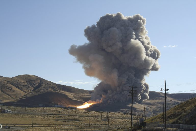 LIVE : Η ΑΠΟΣΤΟΛΗ ΤΗΣ NASA ΣΤΗΝ ΣΕΛΗΝΗ | Newsit.gr