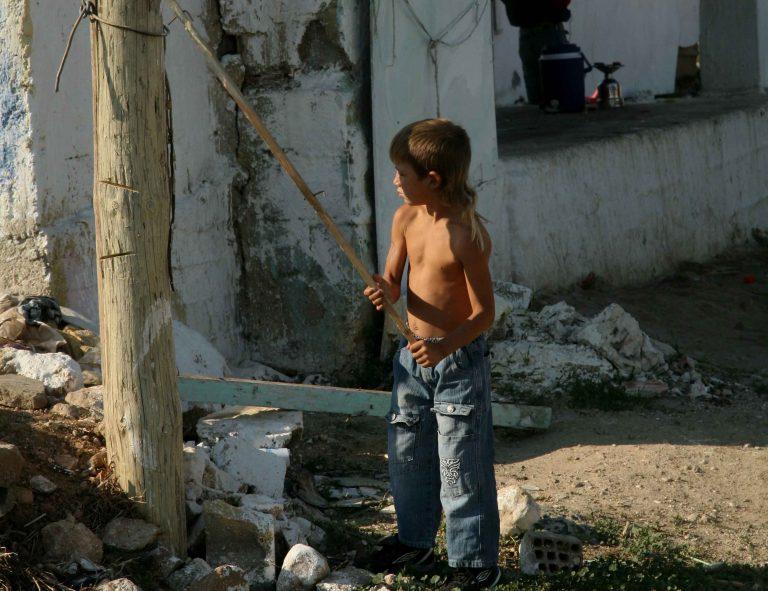 Πάτρα: Ανήλικοι ρομά τραυμάτισαν γυναίκα | Newsit.gr