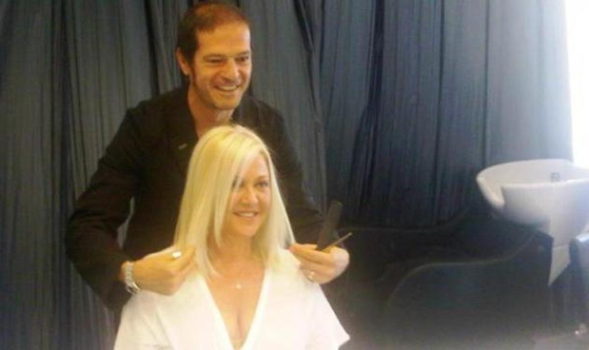 Η Ρούλα Κορομηλά με νέο look στα μαλλιά! Φωτό | Newsit.gr