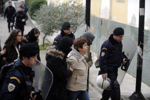 Στο νοσοκομείο Ρούπα, Αθανασοπούλου μετά τις απεργίες πείνας και δίψας