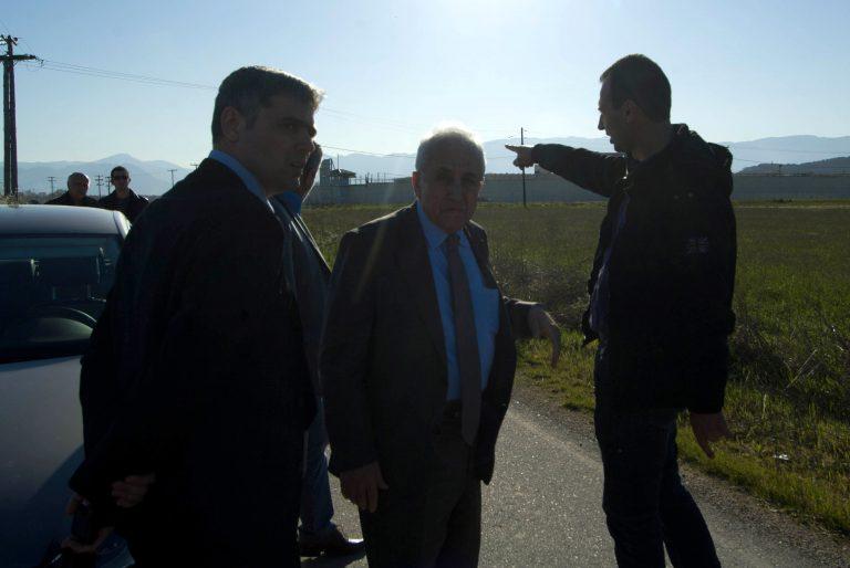 Ο Ρουπακιώτης θέλει συνάντηση με Σαμαρά για την κατάσταση στις φυλακές | Newsit.gr
