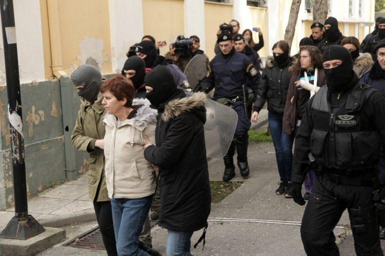 Το παιδί της Πόλας Ρούπα ούτε συνελήφθη, ούτε κρατήθηκε, απαντά το υπ. Δικαιοσύνης | Newsit.gr