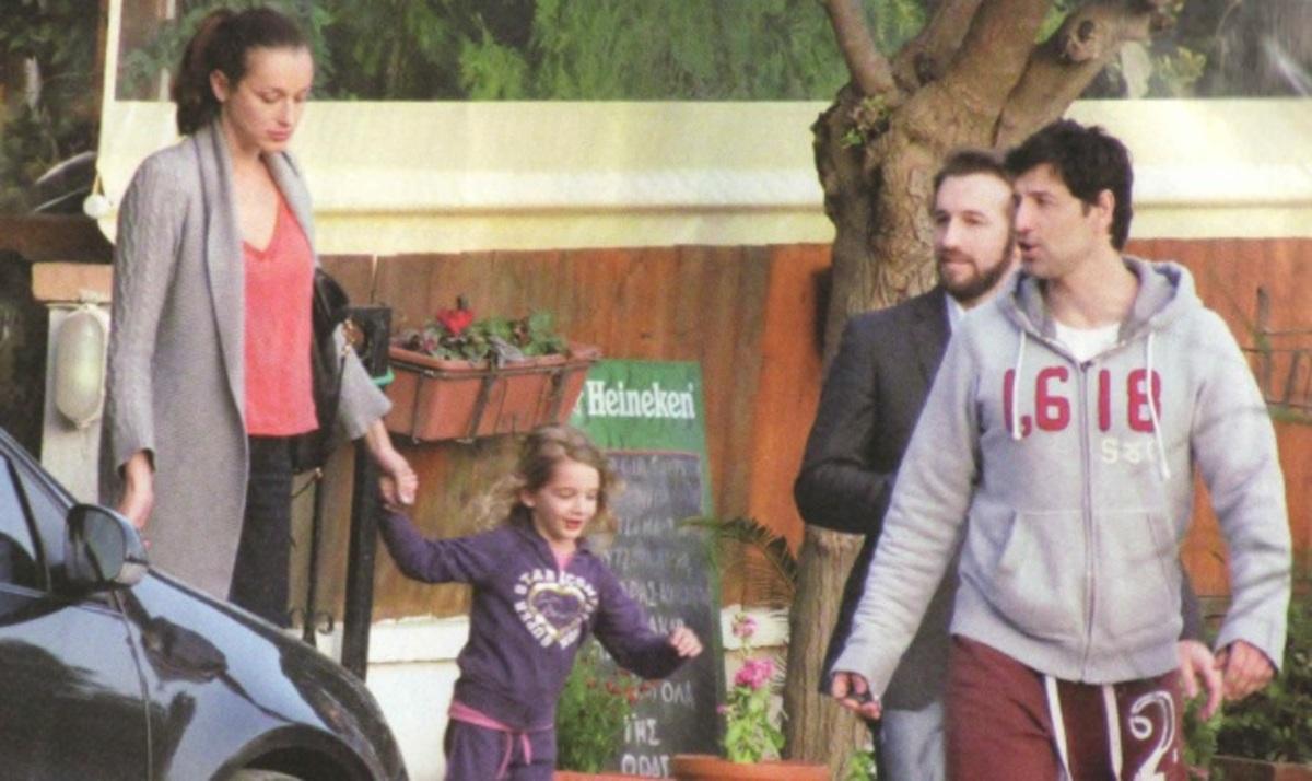 Οι βόλτες του Σ. Ρουβά με την Κάτια και την Αναστασία! Φωτογραφίες | Newsit.gr