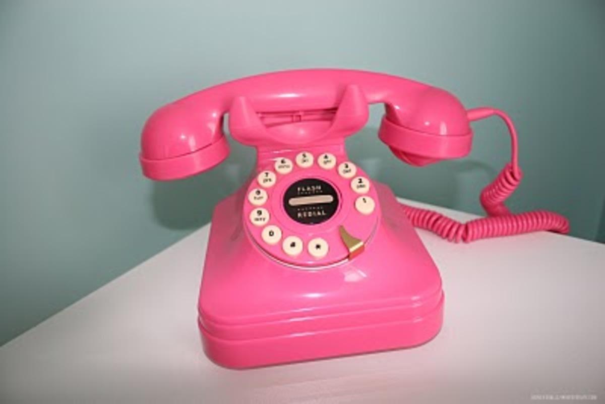 4.000 ευρώ για ροζ τηλέφωνα σε Ίδρυμα της Λέσβου! | Newsit.gr