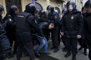 Ρωσία: Συνελήφθησαν πάνω από 20 διαδηλωτές