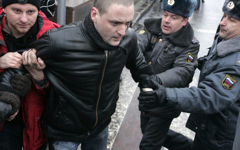 Εκτός ελέγχου η αστυνομία στην Ρωσία   Newsit.gr