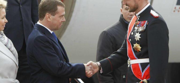 Ο ρώσος πρόεδρος στηλιτεύει την πολιτική του Ιράν. | Newsit.gr