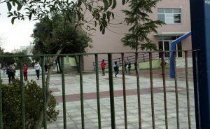 Την απομάκρυνση γυμνασιάρχη ζητούν στη Λέσβο! «Έβαλε σε κίνδυνο τα παιδιά»