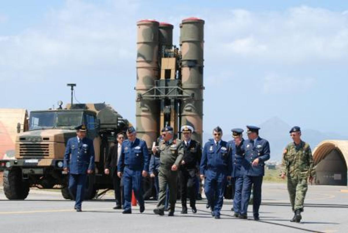 Με «ελληνική πατέντα» έτοιμοι για πυροδότηση οι S-300 | Newsit.gr