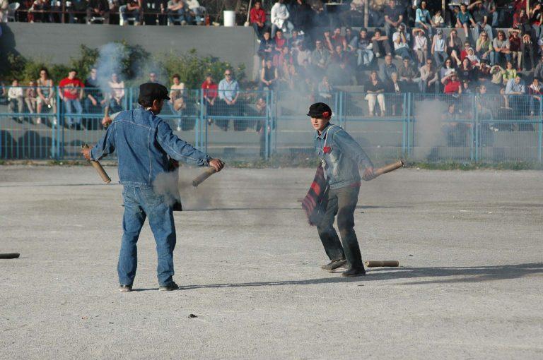 Σαϊτοπόλεμος σήμερα στην Καλαμάτα   Newsit.gr