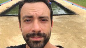 Survivor: Ο Σάκης Τανιμανίδης δοκιμάζει το αγώνισμα και τα καταφέρνει πολύ καλά – Δείτε το! [vid]