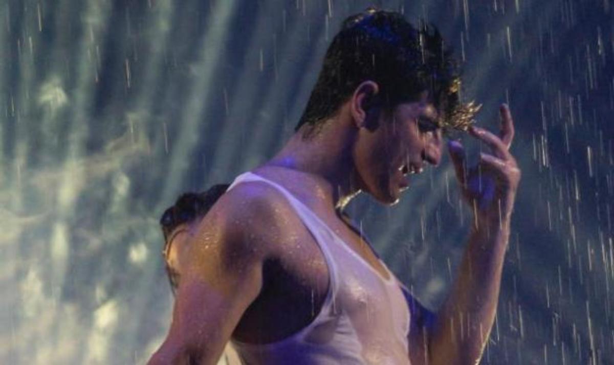 O super sexy Σάκης Ρουβάς στην τελευταία πρόβα λίγο πριν την πρεμιέρα! | Newsit.gr