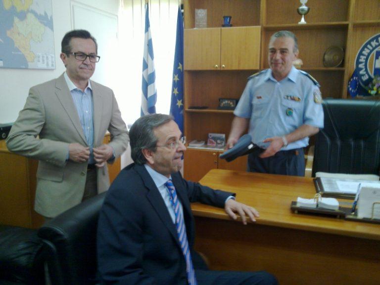 Στην αστυνομική διεύθυνση Αχαΐας ο Αντώνης Σαμαράς – Video | Newsit.gr