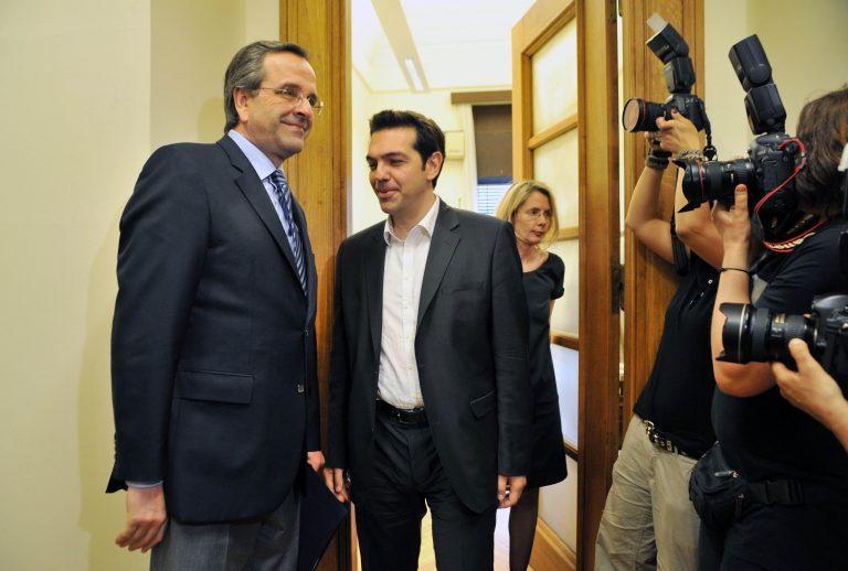 Βγήκαν τα «μαχαίρια» μεταξύ Σαμαρά και Τσίπρα για το ταξίδι στην Ευρώπη   Newsit.gr