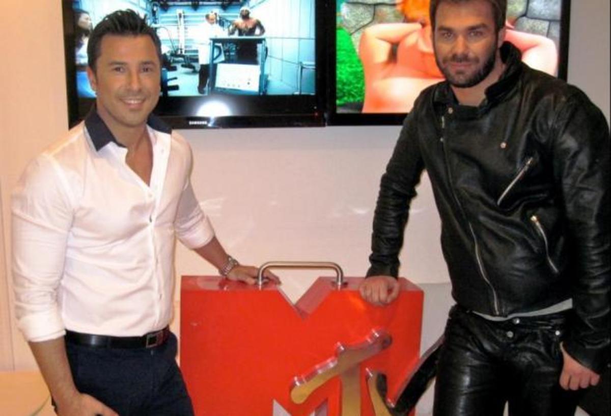 Ο Γιώργος Σαμπάνης υποδέχεται μελωδικά το 2013 στο MTV | Newsit.gr