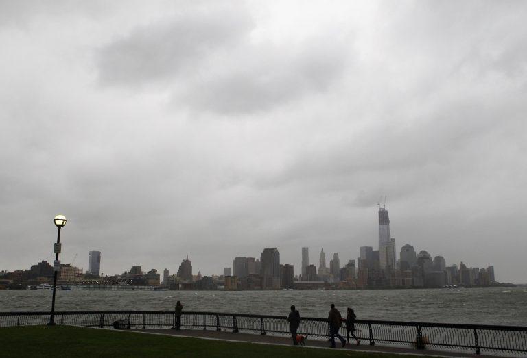 Ο τρομακτικός τυφώνας Sandy ζυγώνει στη Νέα Υόρκη – Πόλη φάντασμα το κέντρο της παγκόσμιας οικονομίας – Ζωντανή εικόνα   Newsit.gr