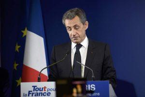 Γαλλία – «Βόμβα»: Εκτός προεδρικών εκλογών ο Σαρκοζί! Προβάδισμα Φιγιόν στη Δεξιά
