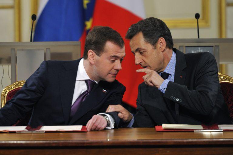 Τα είπαν Σαρκοζί-Μεντβέντεφ | Newsit.gr