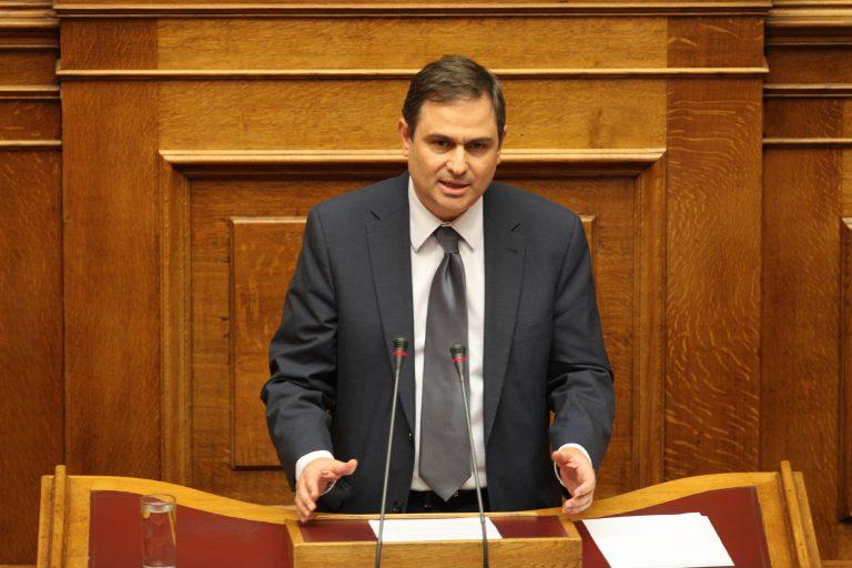 Σαχινίδης: Αν η ΝΔ ντρέπεται που τη στηρίζει το ΠΑΣΟΚ, να μας το πει! | Newsit.gr