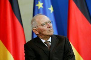 Μας… δουλεύει ο Σόιμπλε: «Ποτέ δεν απείλησα με Grexit!»