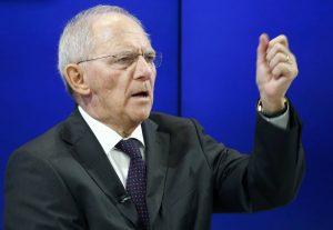 «Ο Σόιμπλε δεν σκέφτεται να πετάξει την Ελλάδα εκτός ευρώ»