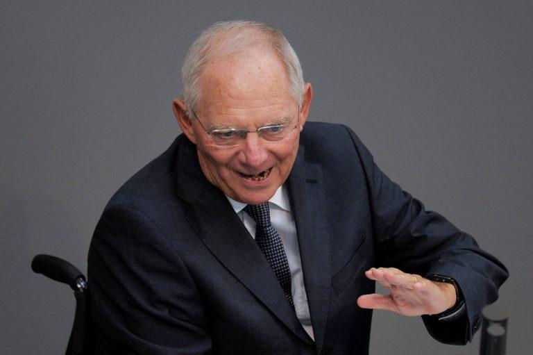 Ανατροπή! Σόιμπλε: Ναι σε βραχυπρόσθεσμα μέτρα για την ελάφρυνση του ελληνικού χρέους | Newsit.gr