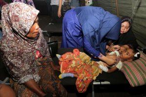 Σεισμός 6,5 Ρίχτερ στην Ινδονησία- Αυξάνονται οι νεκροί [pics&vids]