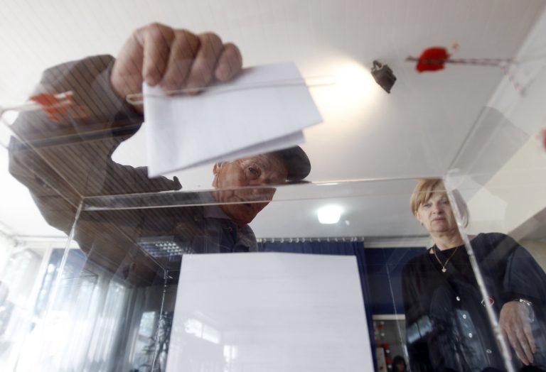Δεύτερος γύρος εκλογών στη Σερβία | Newsit.gr