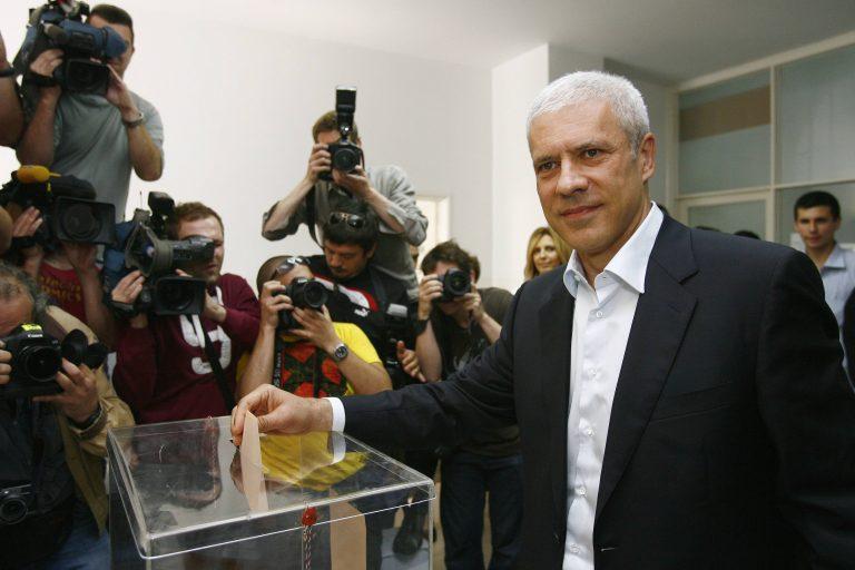 Σερβία: Μικρή η συμμετοχή στις κάλπες στο β' γύρο   Newsit.gr